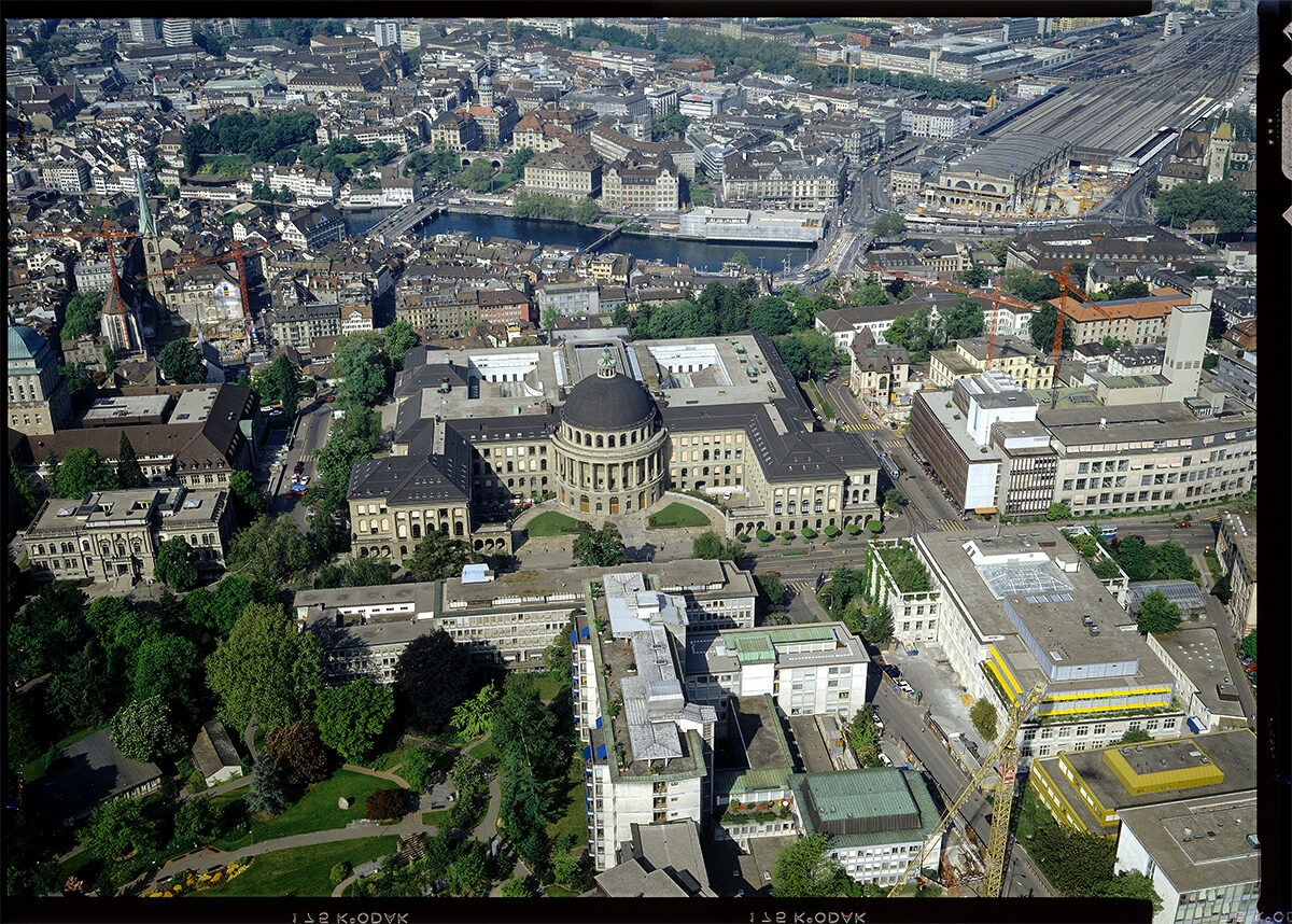 Comet Photo AG: Zurich, main building of ETH Zurich, east facade, May 1992.
