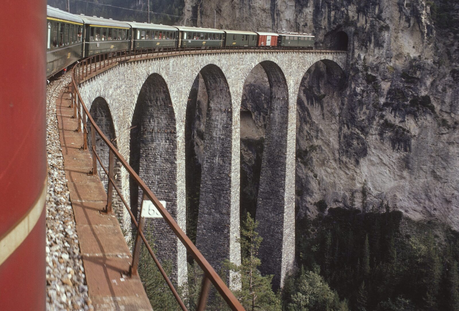 Renaissance of stone-arch bridges: the Landwasser Viaduct near Filisur in the canton of Graubünden is part of the famous Albula line of the Rhaetian Railway, which was completed in 1903.