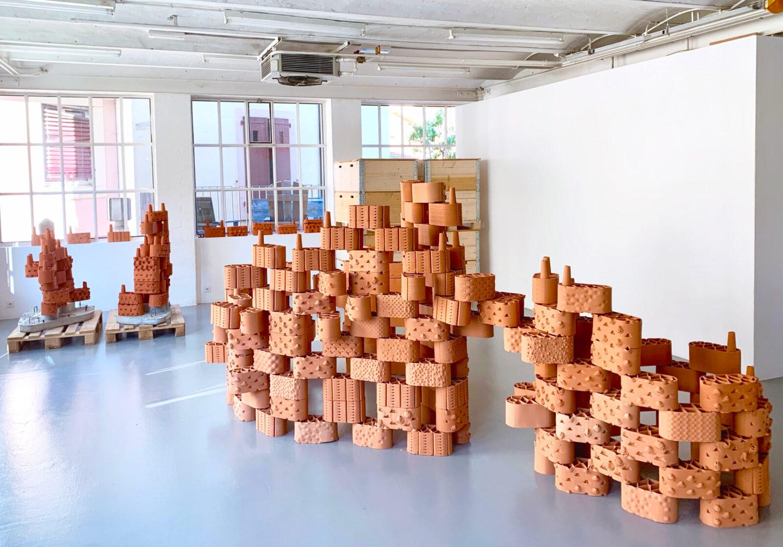 Ready produced clay prototypes. © Marie Griesmar/rrreefs