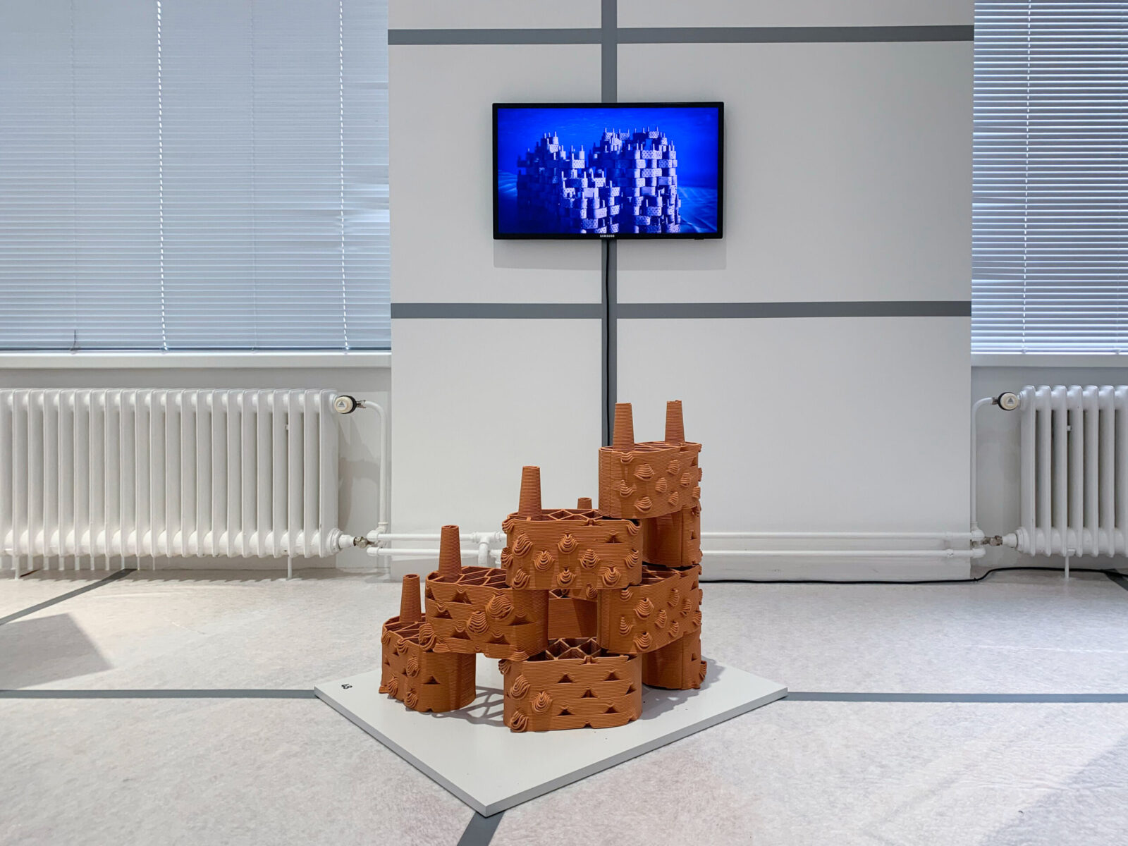 Exhibited at the Gewerbemuseum in Winterthur, some clay bricks and an explicative video show how this interdisciplinary project will help sustain coral reefs in tropical regions. © Marie Griesmar/rrreefs